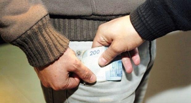 نقابة التعليم تدخل على الخط في قضية الأستاذ المتورط في ابتزاز التلاميذ مقابل المال بخريبكة